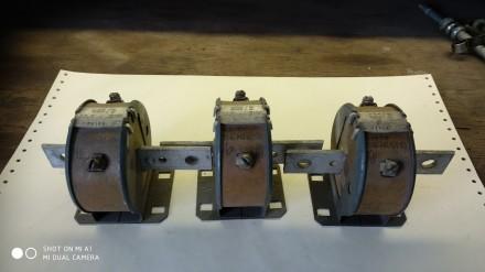 Трансформатор тока Т-0,66У3 200/5. Днепр. фото 1