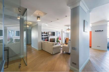 Продам пятикомнатную квартиру в новом доме. Киев. фото 1