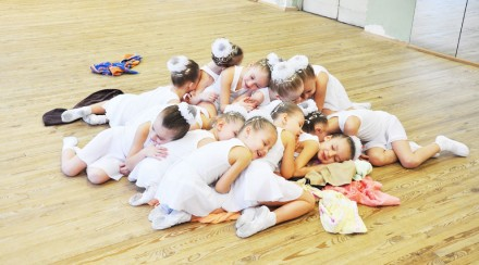 Хореографическая школа, ансамбль «Юность» проводит набор мальчиков и девочек в в. Киев, Киевская область. фото 3
