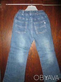 джинсы на девочку 3-5 лет в очень хорошем состоянии,длина брюк 59см,ширина резин. Сумы, Сумская область. фото 3