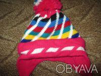 теплая шапка на ребенка 2-3 года,можно носить и зимой.  окружность шапки 46см. Сумы, Сумская область. фото 2