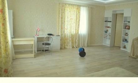 Продам 3-х этажный дом в Астре с евроремонтом. Продается со всей мебелью. Заходи. Астра, Чернигов, Черниговская область. фото 5