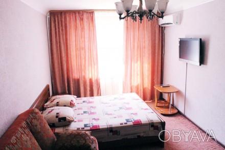 Цена квартиры зависит от количества арендуемых суток, дня недели и др.   сутки. Мариуполь, Донецкая область. фото 1