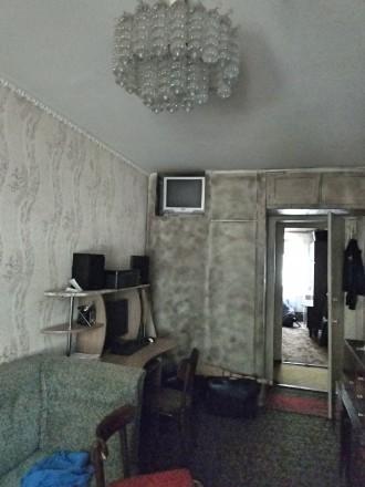 """Продается трехкомнатная квартира с балконом, """"хрущевка"""", 59,15/41/6, не угловая,. Жовтневый, Кривой Рог, Днепропетровская область. фото 3"""