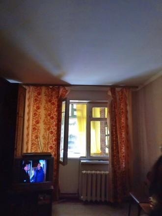 """Продается трехкомнатная квартира с балконом, """"хрущевка"""", 59,15/41/6, не угловая,. Жовтневый, Кривой Рог, Днепропетровская область. фото 2"""