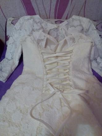 002633ba397a97 Продам шикарное свадебное платье c рукавом 3/4! Размер 46-50 (сзади