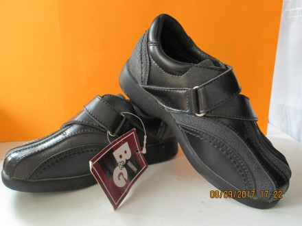 Новые кожаные туфли на мальчика B&G.. Никополь. фото 1