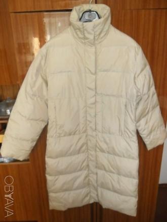 Пальто на синтепоне,застежка на кнопках, два кармана спереди на молнии, плечи 50. Ирпень, Киевская область. фото 1