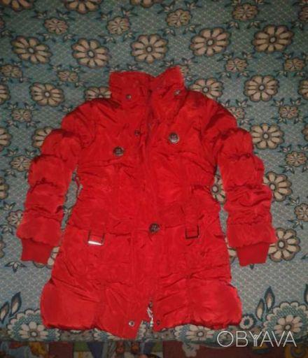 Красное пальто теплое на зиму в отличном состоянии на девочку 2-3 годика рост 10. Одеса, Одеська область. фото 1