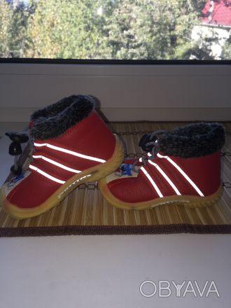Почти новые ботинки утеплённые с термовойлоком размер 15 стелька 13 см очень ус. Киев, Киевская область. фото 1