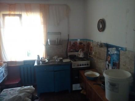 Подам финский дом обложенный кирпичем р-н Бобровица, состояние жилое, хоз постро. Бобровица, Чернигов, Черниговская область. фото 3