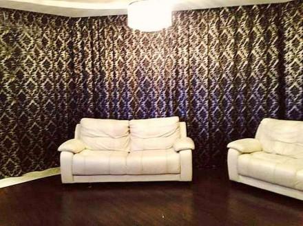 В квартире выполнен дизайнерский евроремонт, остается вся мебель и техника. В до. Калининский, Донецк, Донецкая область. фото 3