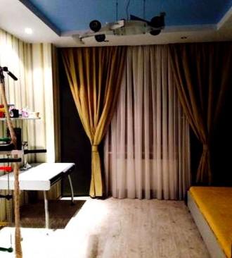 В квартире выполнен дизайнерский евроремонт, остается вся мебель и техника. В до. Калининский, Донецк, Донецкая область. фото 7
