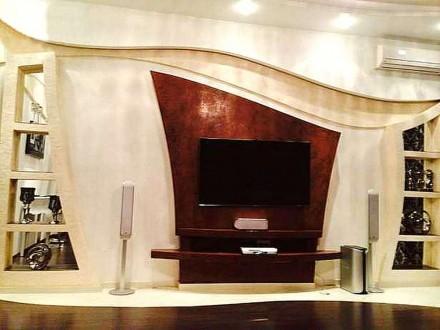 В квартире выполнен дизайнерский евроремонт, остается вся мебель и техника. В до. Калининский, Донецк, Донецкая область. фото 2