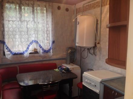 Добротный дом в Подольском р-оне г. Полтавы, 88/59/7, четыре комнаты, все удобст. Подол, Полтава, Полтавская область. фото 2