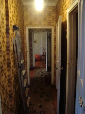 Сталинка, дом кирпичный, 3/4 этаж, площадь 71/48/8, все комнаты раздельные, все . Стаханов, Стаханов, Луганская область. фото 6