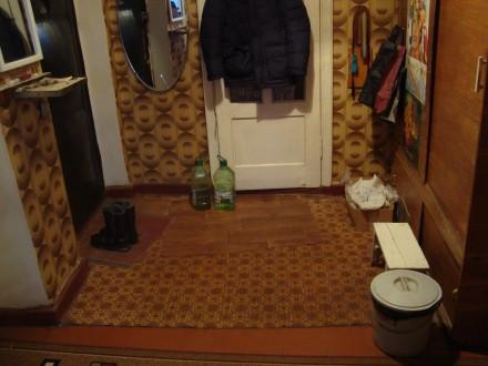 Сталинка, дом кирпичный, 3/4 этаж, площадь 71/48/8, все комнаты раздельные, все . Стаханов, Стаханов, Луганская область. фото 7