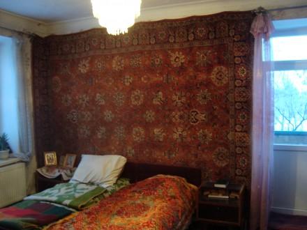 Сталинка, дом кирпичный, 3/4 этаж, площадь 71/48/8, все комнаты раздельные, все . Стаханов, Стаханов, Луганская область. фото 10