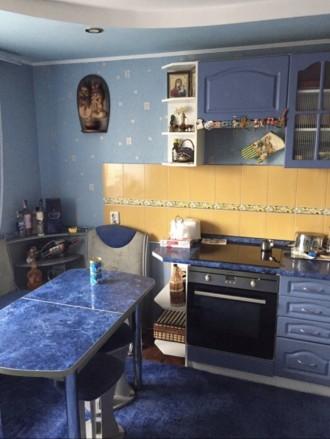 Квартира находится за цирком,район Украины,в квартире есть двуспальная кровать,2. Орджоникидзевский, Запорожье, Запорожская область. фото 6