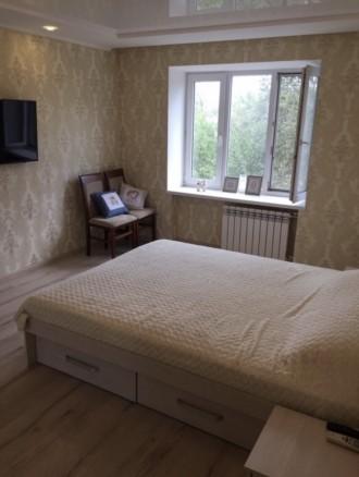 Квартира находится за цирком,район Украины,в квартире есть двуспальная кровать,2. Орджоникидзевский, Запорожье, Запорожская область. фото 3