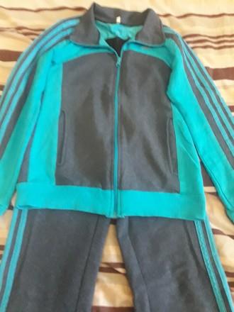 Спортивный костюм( трикотаж). Коростень. фото 1
