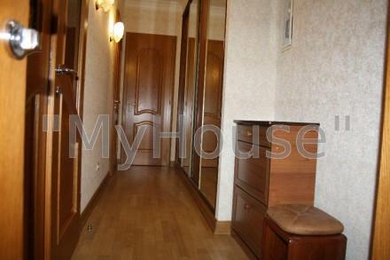 Сдается на длительный срок двухкомнатная квартира (56 кв. м.), 2 этаж 5-ти этажн. Печерск, Киев, Киевская область. фото 7
