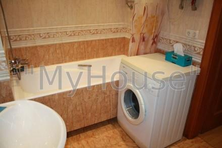 Сдается на длительный срок двухкомнатная квартира (56 кв. м.), 2 этаж 5-ти этажн. Печерск, Киев, Киевская область. фото 9