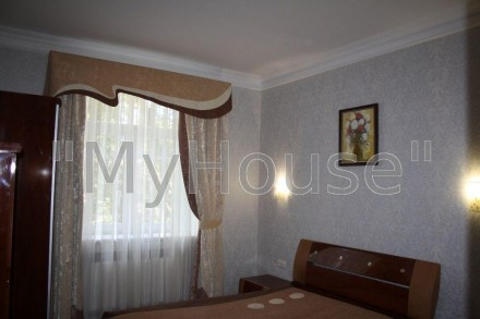 Сдается на длительный срок двухкомнатная квартира (56 кв. м.), 2 этаж 5-ти этажн. Печерск, Киев, Киевская область. фото 5