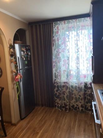 Пропоную Вашій увазі чудову трикімнатну квартиру з класним плануванням. Квартира. Район Д, Черкассы, Черкасская область. фото 4