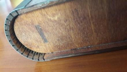 Коробка ручной работы. С кожаным переплетом. Внутри проклеен черный фетр. Внутрь. Одесса, Одесская область. фото 3