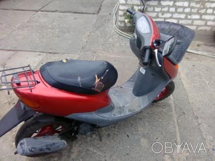 Скутер Honda Dio состояние видно на фото. Всё исправно. Ездит. Звоните: +38 06. Сватовo, Луганская область. фото 1