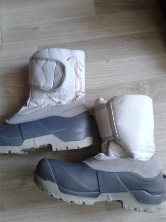Зимові чобітки для дівчинки дуже міцний низ всередині штучне хутро міцна защіпка. Стрый, Львовская область. фото 4