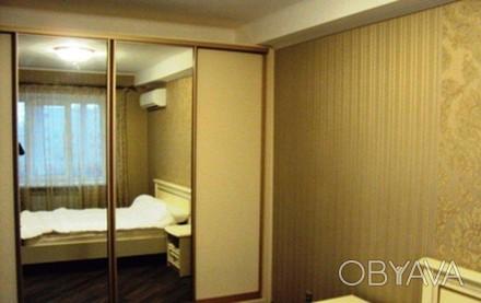 Квартира после дизайнерского ремонта, современная мебель, спальный гарнитур, 2 ш. Киев, Киевская область. фото 1