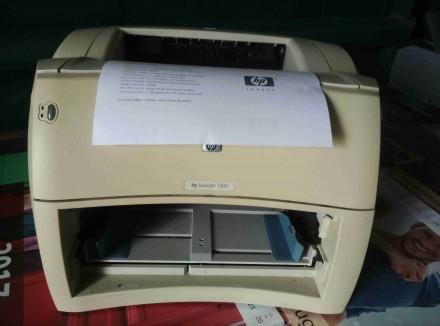 Лазерный принтер HP LaserJet 1300. Сумы. фото 1
