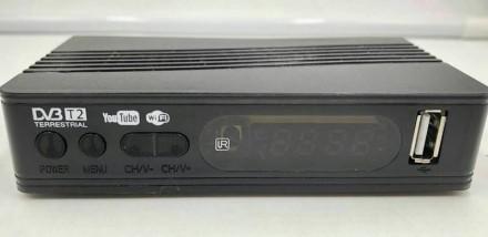 Цифровой эфирный приемник Luxury DV3-T2 H264. Днепр. фото 1