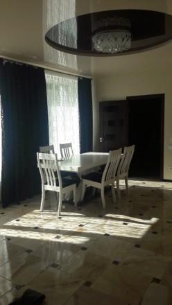 Пропоную сучасну 2к квартиру по вул. Д. Галицького. Рівне. фото 1