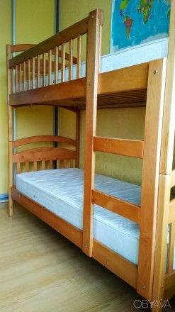 Двох'ярусне ліжко б/в + матраси б/в. Киев. фото 1