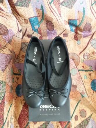 Женские классические кожаные туфли  geox Respira чёрные 37 размер. Киев, Киевская область. фото 3