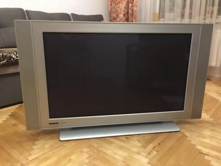 Продам телевізор Philips 42PF5320/10. Ужгород. фото 1