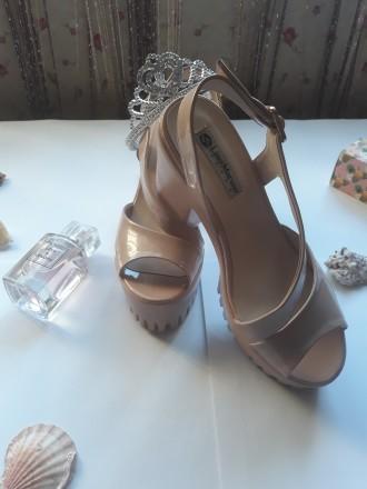 Туфли на тракторной подошве Киевская область – купить обувь на доске ... 31216e06ceb