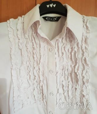 Белая стрейчевая блуза CKA-ly.Размер 44.