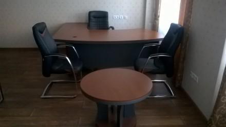 Мебель б.у. в хорошем состоянии Кабинет характеризуется плавными формами, отлич. Киев, Киевская область. фото 4
