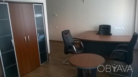 Мебель б.у. в хорошем состоянии Кабинет характеризуется плавными формами, отлич. Киев, Киевская область. фото 1