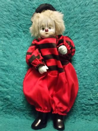 Продам игрушку клоун в красном костюме.. Днепр. фото 1