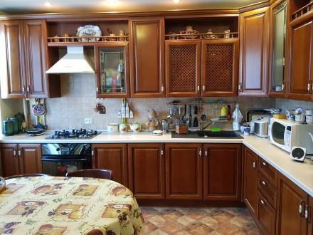 Продам 2-х комнатную квартиру с ремонтом в центре города в Обкомовском доме.. Суми. фото 1