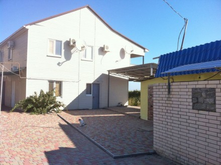 Жилой дом, с. Новопетровка, на берегу моря. (+ гостиница). Бердянск. фото 1