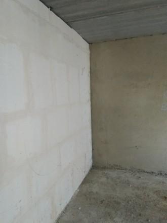 3 секція. 2 балкона з кухні та з кімнати. Кімнати 18 та 19 кв.м, є гардеробна 3 . Винница, Винницкая область. фото 5