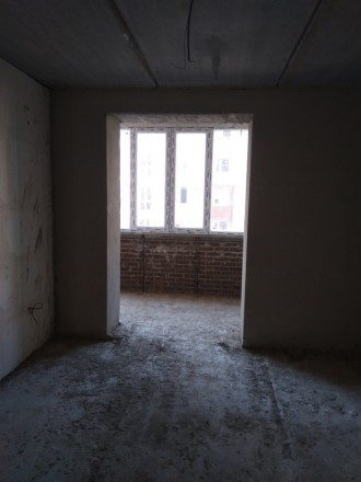 3 секція. 2 балкона з кухні та з кімнати. Кімнати 18 та 19 кв.м, є гардеробна 3 . Винница, Винницкая область. фото 2