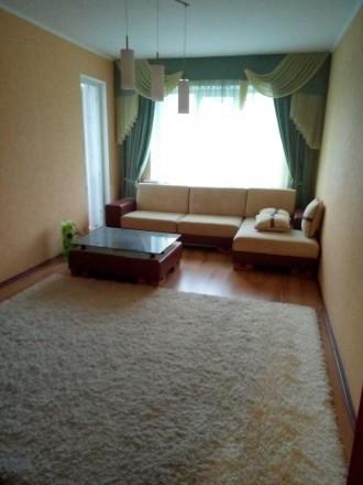 Сдам 3-х комнатную квартиру, рынок