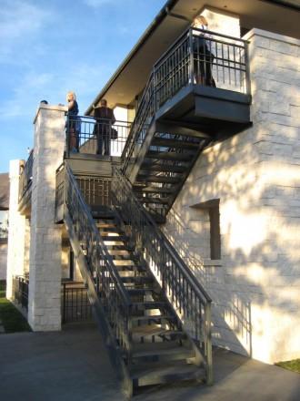 Лестница -Киев и область. Лестницы любого типа сложности. Мебель «Loft». Ирпень. фото 1